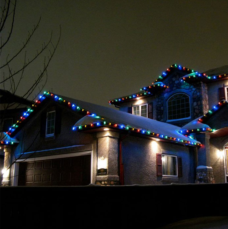 Winnipeg Christmas Light Home Installations